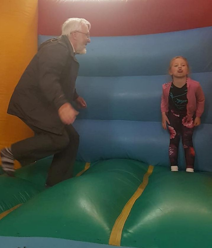 Alan and Maisie have a go on the castle