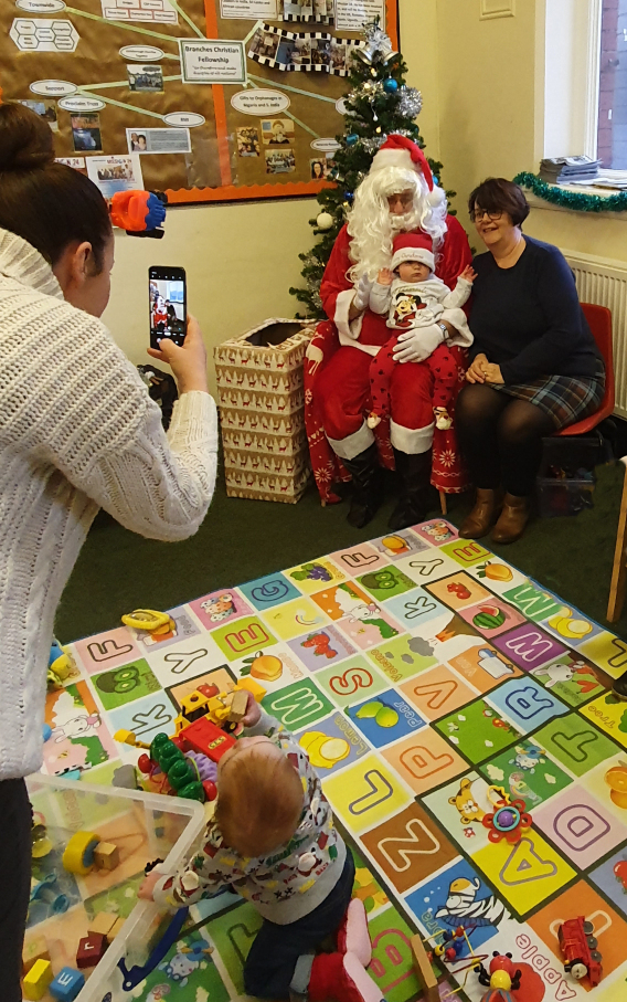 Nanas are allowed to meet Santa too