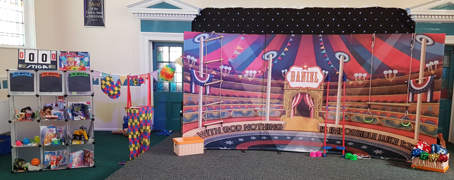 Daniel and circus stage set up